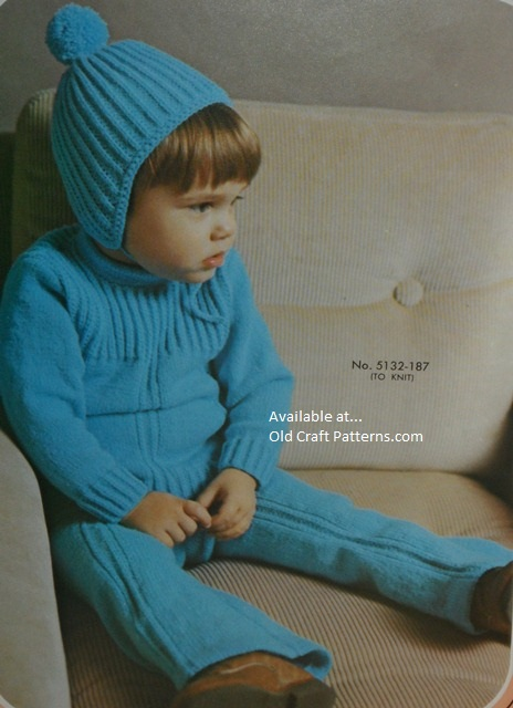 toddlers knitted outfit