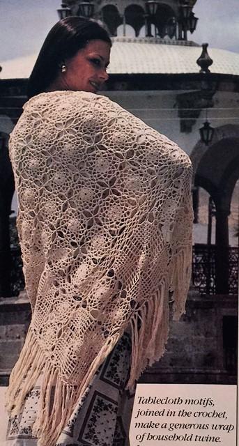 motif shawl