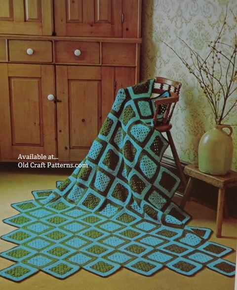 folk motif crochet pattern